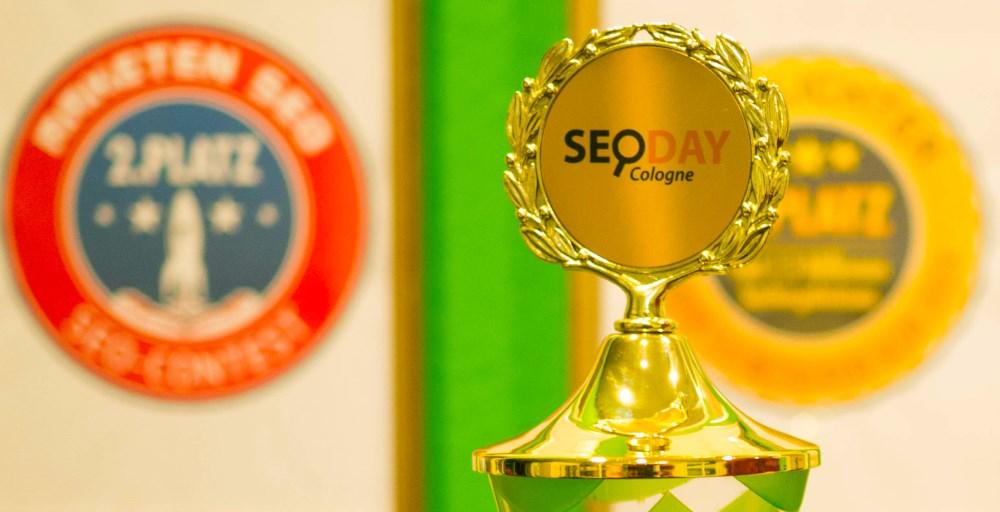 Pokal für den zweiten Platz beim SEO-Contest Siebtlingsgeburt.